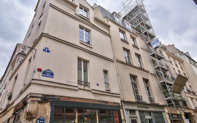 Апартаменты 83 - Classy Apartment Paris Le Marais вид на фасад