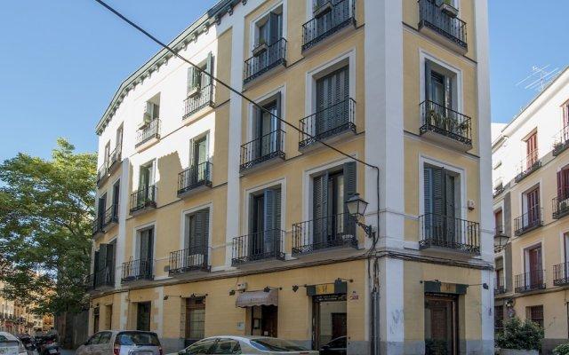Отель Apartamento Madrid de los Austrias I Испания, Мадрид - отзывы, цены и фото номеров - забронировать отель Apartamento Madrid de los Austrias I онлайн вид на фасад