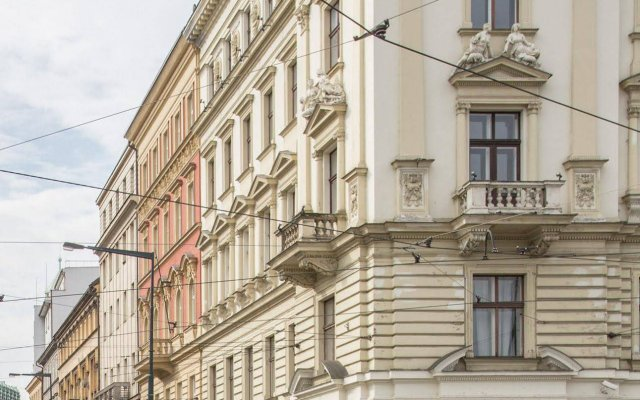 Отель Tales Of Nordic Прага вид на фасад
