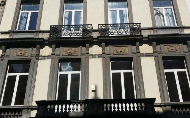 Апартаменты Brussels City Center Apartments вид на фасад