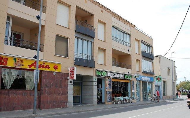 Отель Apartamento 2165 - Mar I Neu 2-6 Испания, Курорт Росес - отзывы, цены и фото номеров - забронировать отель Apartamento 2165 - Mar I Neu 2-6 онлайн вид на фасад
