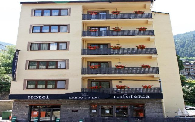 Hotel Arbre de Neu 2