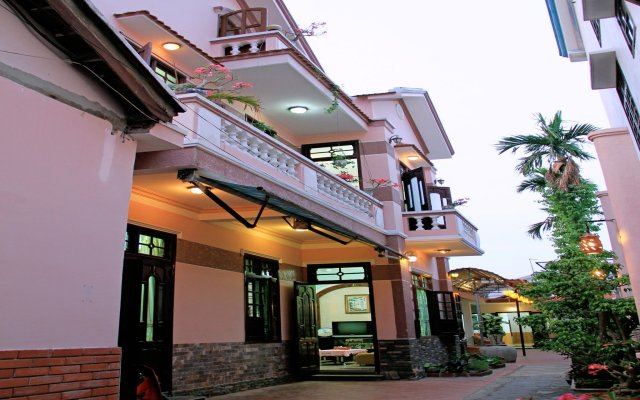 Отель Red Ceramics Homestay вид на фасад