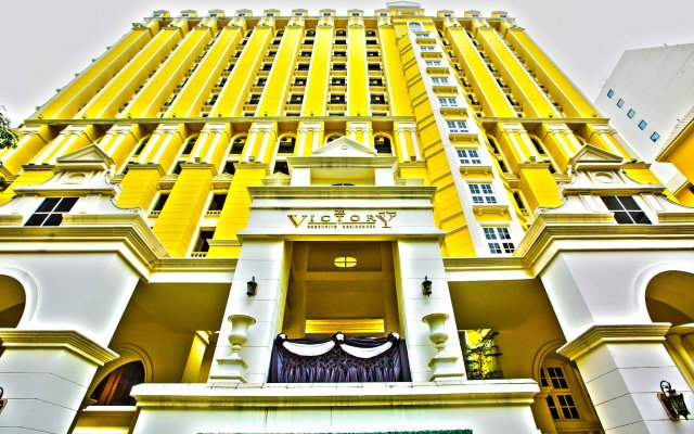Отель The Signature at The Victory Residences Бангкок вид на фасад