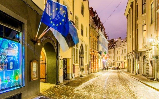 Отель Old Town Maestros Эстония, Таллин - 3 отзыва об отеле, цены и фото номеров - забронировать отель Old Town Maestros онлайн вид на фасад