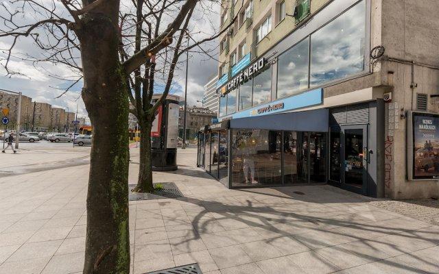 Апартаменты Rondo ONZ P&O Apartments вид на фасад