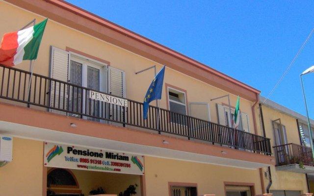 Отель Pensione Affittacamere Miriam Скалея вид на фасад