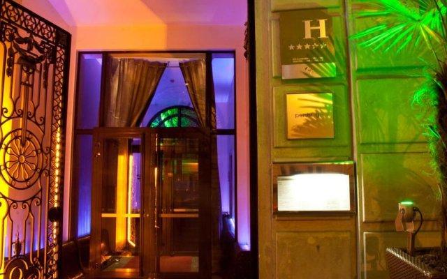 Pershing Hall Hotel вид на фасад