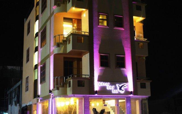 Отель Clear Sky Inn By Wonderland Maldives Мале вид на фасад