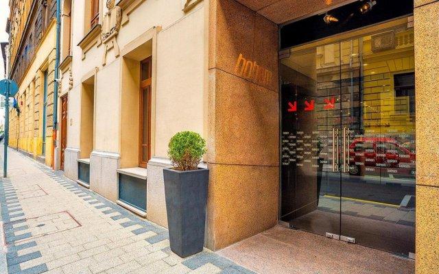 Отель Bohem Art Hotel Венгрия, Будапешт - 1 отзыв об отеле, цены и фото номеров - забронировать отель Bohem Art Hotel онлайн парковка