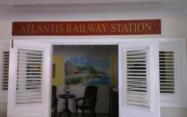 Atlantis Historic Inn