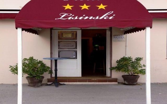 Hotel Lisinski вид на фасад