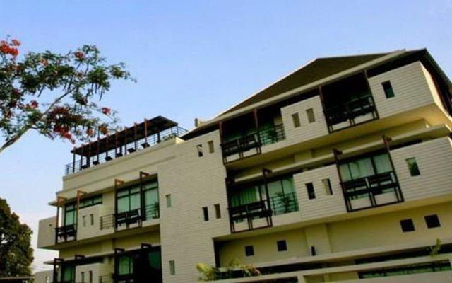 Отель Luxe Residence Паттайя вид на фасад