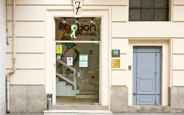 Отель Madrid Motion Hostels вид на фасад