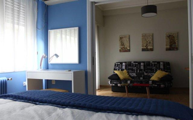 Апартаменты Cheery Apartment in the Center of Athens Афины комната для гостей