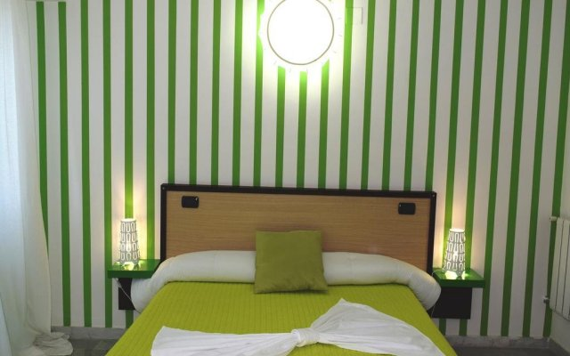 Hotel Quadrifoglio - Quadrifoglio Village Понтеканьяно комната для гостей
