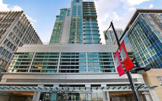 Отель Coast Coal Harbour Hotel Канада, Ванкувер - отзывы, цены и фото номеров - забронировать отель Coast Coal Harbour Hotel онлайн вид на фасад