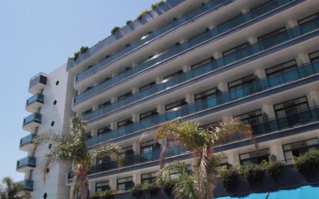 Отель Blaucel - Blanes Бланес вид на фасад