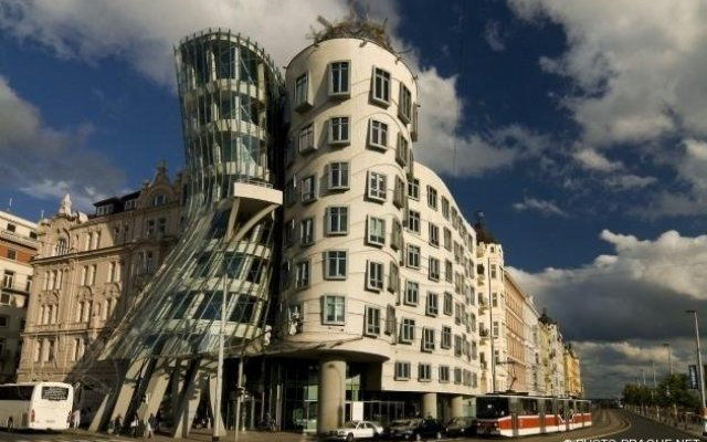Pompo Prague Apartments