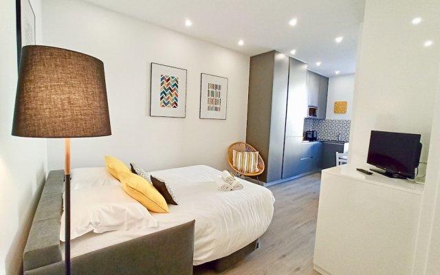 Brand New 1 Bedroom Fully Refurbished 0