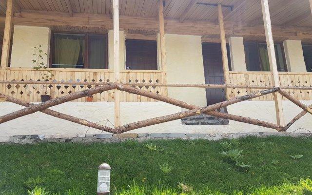 Lavash Hotel вид на фасад