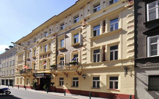 Отель Praterstern Австрия, Вена - 8 отзывов об отеле, цены и фото номеров - забронировать отель Praterstern онлайн вид на фасад