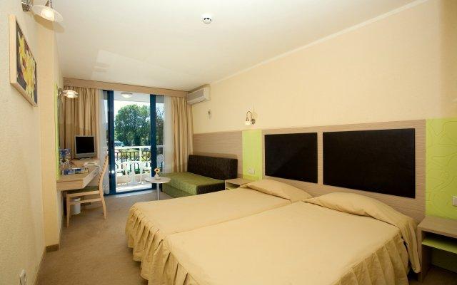 Отель Славуна комната для гостей