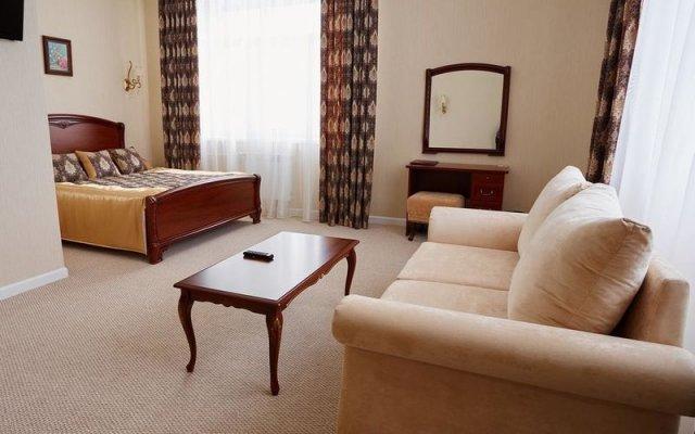 Гостиница Центр Отель в Лысьве отзывы, цены и фото номеров - забронировать гостиницу Центр Отель онлайн Лысьва комната для гостей