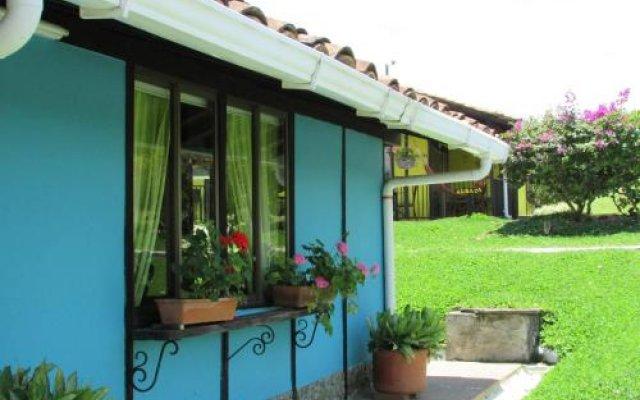 Отель Finca Hotel La Sonora Колумбия, Монтенегро - отзывы, цены и фото номеров - забронировать отель Finca Hotel La Sonora онлайн вид на фасад