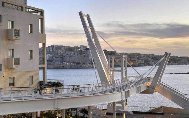 Отель Stylish 2 Bedroom Apartment in an Amazing Location Мальта, Слима - отзывы, цены и фото номеров - забронировать отель Stylish 2 Bedroom Apartment in an Amazing Location онлайн