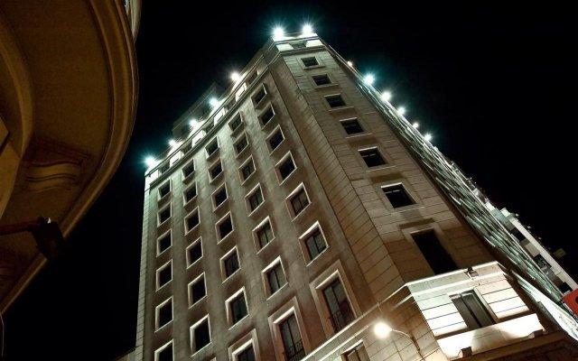 Отель Vincci Via вид на фасад