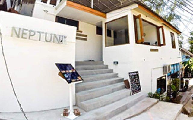 Отель Neptune Hostel Таиланд, Мэй-Хаад-Бэй - отзывы, цены и фото номеров - забронировать отель Neptune Hostel онлайн вид на фасад
