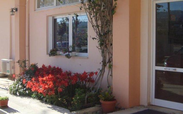 Отель Athina Греция, Милопотамос - отзывы, цены и фото номеров - забронировать отель Athina онлайн вид на фасад
