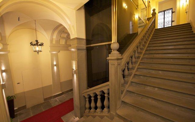 Отель California Италия, Флоренция - 1 отзыв об отеле, цены и фото номеров - забронировать отель California онлайн вид на фасад