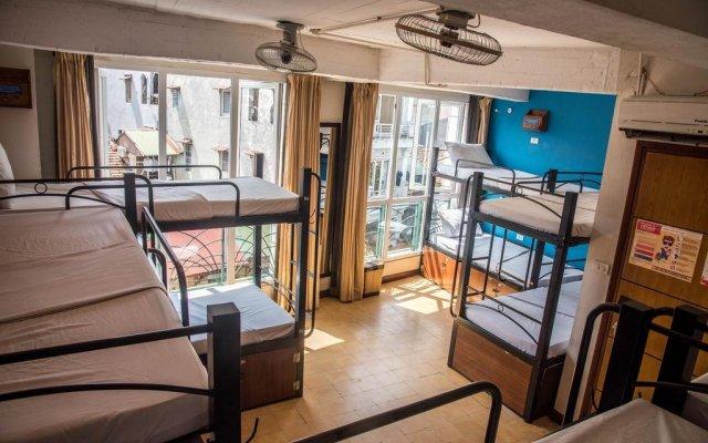 Отель Vietnam Backpacker Hostels Downtown Ханой комната для гостей