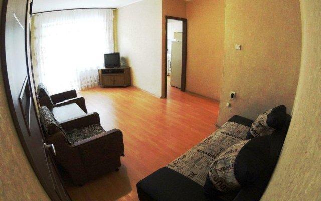 Апартаменты On Day Na Uritskogo 32 Apartments Новосибирск комната для гостей