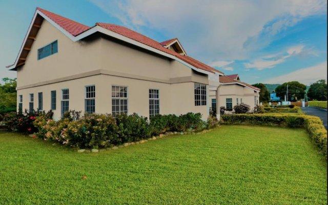Отель Emerson Paradise Villas Ямайка, Монастырь - отзывы, цены и фото номеров - забронировать отель Emerson Paradise Villas онлайн вид на фасад