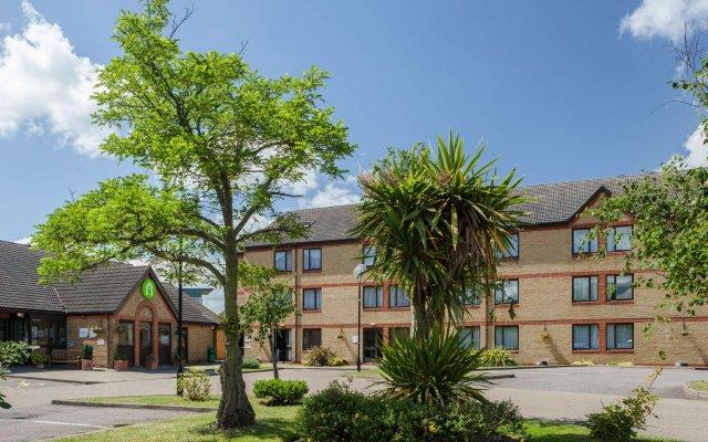 Hotel Campanile Dartford вид на фасад