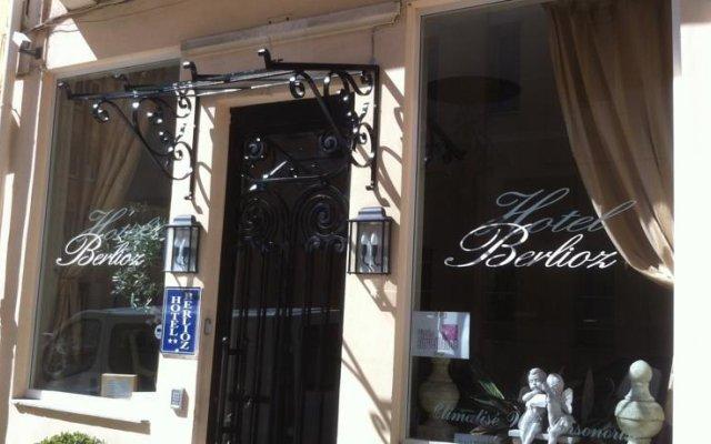 Berlioz Hotel вид на фасад