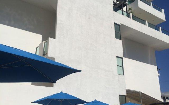 Отель Las Perlas CondoHotel вид на фасад