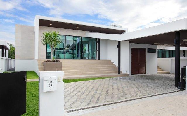 Отель White Sand Beach Residences Pattaya вид на фасад