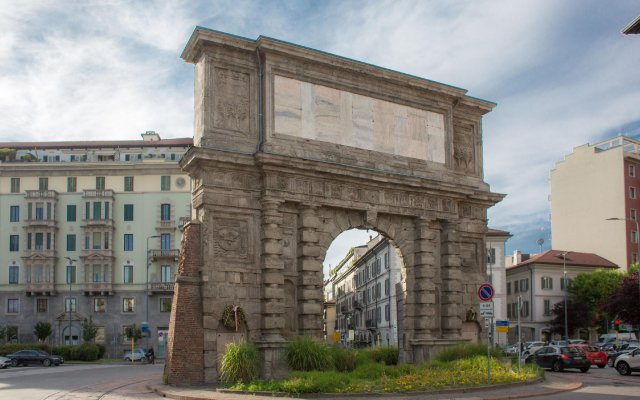 Hotel Piacenza вид на фасад