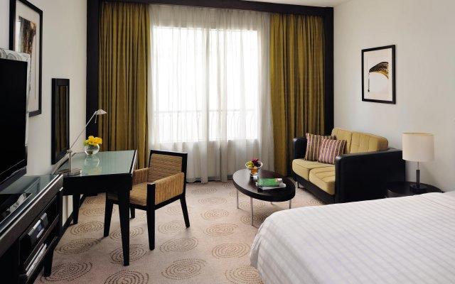 Отель Avani Deira Dubai Hotel ОАЭ, Дубай - 1 отзыв об отеле, цены и фото номеров - забронировать отель Avani Deira Dubai Hotel онлайн комната для гостей