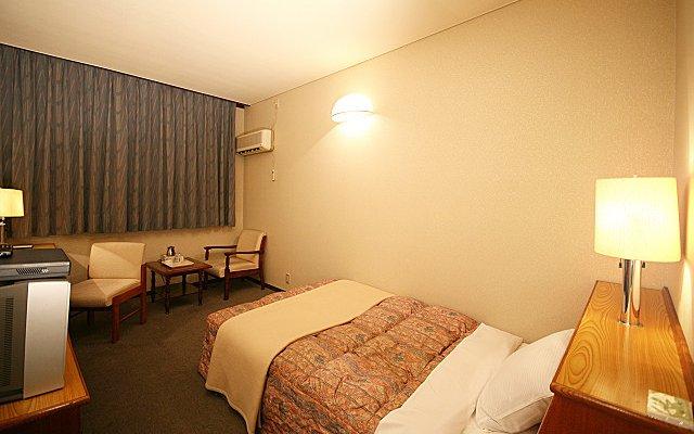 Town Hotel Chiyo Минамиавадзи комната для гостей