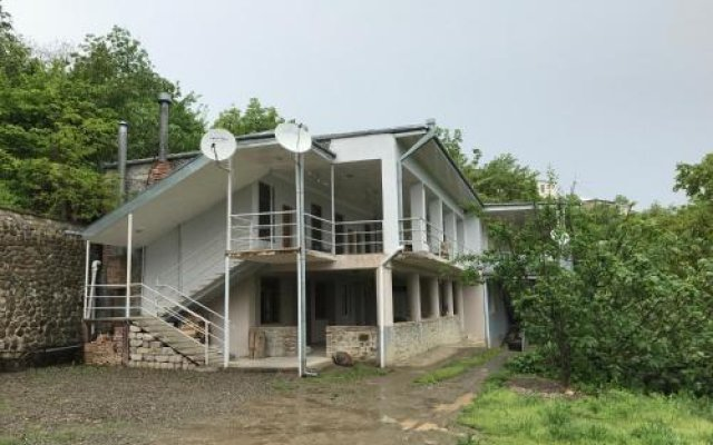 Tyupebi Guest House