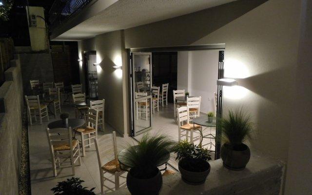 Отель Vozina Греция, Метаморфоси - отзывы, цены и фото номеров - забронировать отель Vozina онлайн вид на фасад