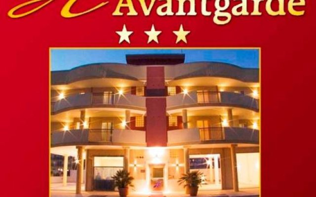 Отель AVANTGARDE Hotel Residence Италия, Конверсано - отзывы, цены и фото номеров - забронировать отель AVANTGARDE Hotel Residence онлайн вид на фасад