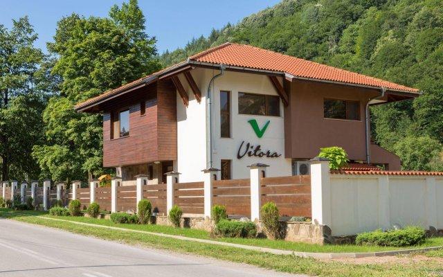 Гостевой Дом Vitora вид на фасад