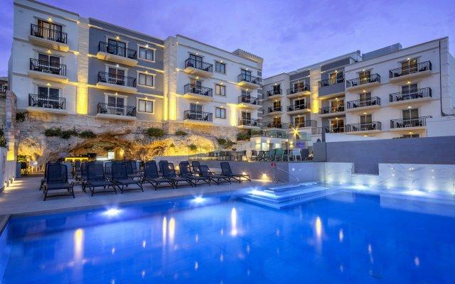 Pergola Hotel & Spa вид на фасад