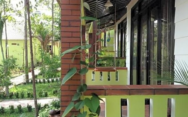 Отель Mai Binh Phuong Bungalow вид на фасад